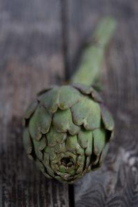 la alcachofa disminuye el colesterol